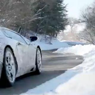 VIDEO: Nya BMW M5 i det fria