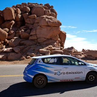 Nissan Leaf slår backningsrekord