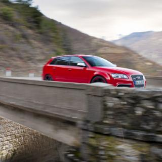 Wallpapers: Audi RS3