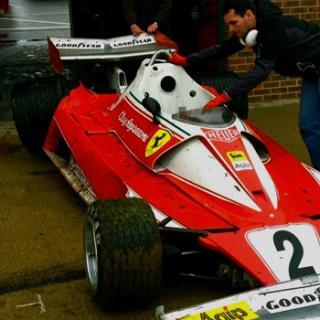 Ferrari F1-bil runt Laguna Seca