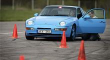 Jarlmark A-testar Porschen på Lunda. Bilen når inte upp till  fabrikens siffror. Ännu.