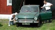 Den lilla bilen och sommaren