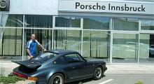 Porsche i Innsbruck vägrade byta något annat än hela startmotorn och ville ha 7 000 kronor för kalaset. Vi tackade för oss och bad om hjälp att putta i gång bilen igen.