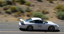Porschar är populära och denna 996 GT3 körs av ett av de skickligaste teamen.