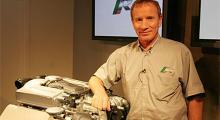 Motoransvarige Paul Hollingworth är säker på att XKR behåller skjotan på jämfört med konkurrenterna.