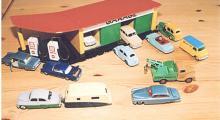 Svunna europeiska tider: Bland annat Ford Cortina, Vanguard, Austin och Bedford.