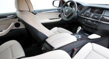Den som kört BMW förut har inga problem att hitta rätt bakom ratten - och det har knappast BMW-noviser heller.