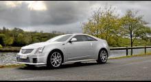 Omisskännligen en Cadillac men det var ganska länge sedan firman byggde en tvådörrars coupé och aldrig förr med sådan kraft: 568 hk!