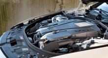 Dubbla turbo, 47 nya hästkrafter, kraftigt sänkt förbrukning.