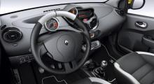 Renault visar Twingo RS
