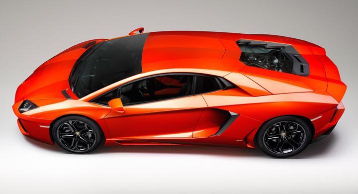 Lamborghini släpper kopplingen