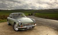 MG LE50 är nog den bästa gammaldags nytolkningen av alla.