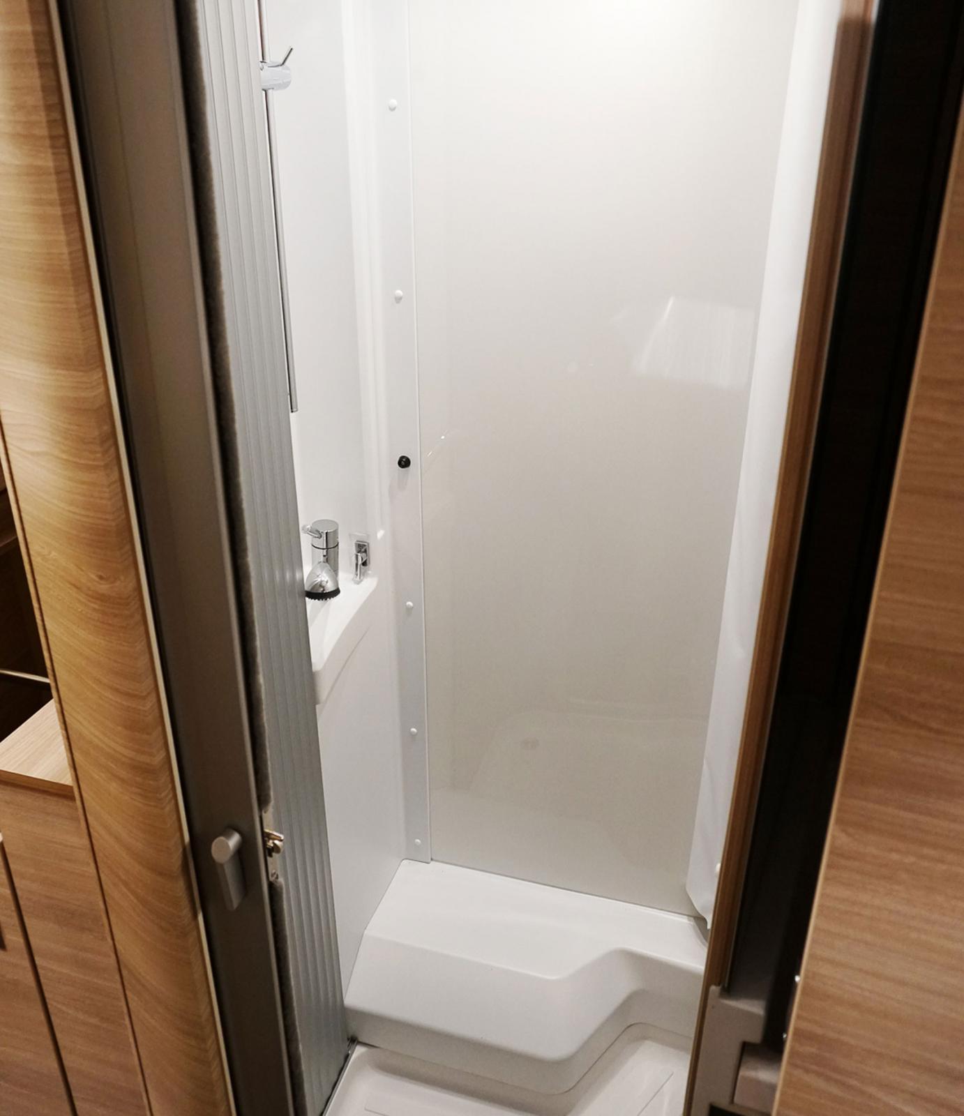 Bra extravägg när det ska duschas.