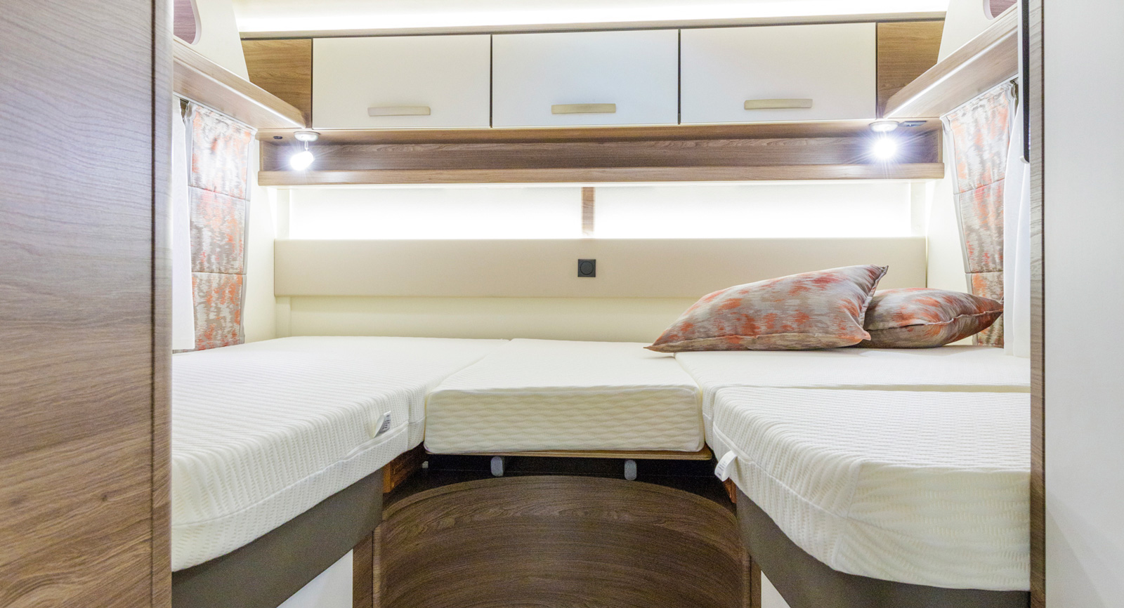 Sängarna är olika långa, den längsta är hela 210 cm lång.