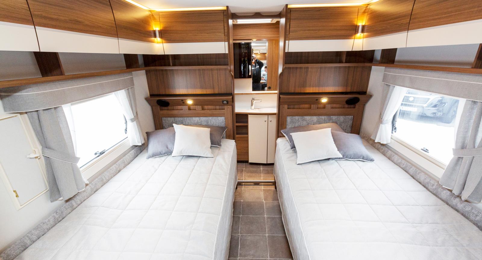 Separata och låga sängar är populärt bland många campare.