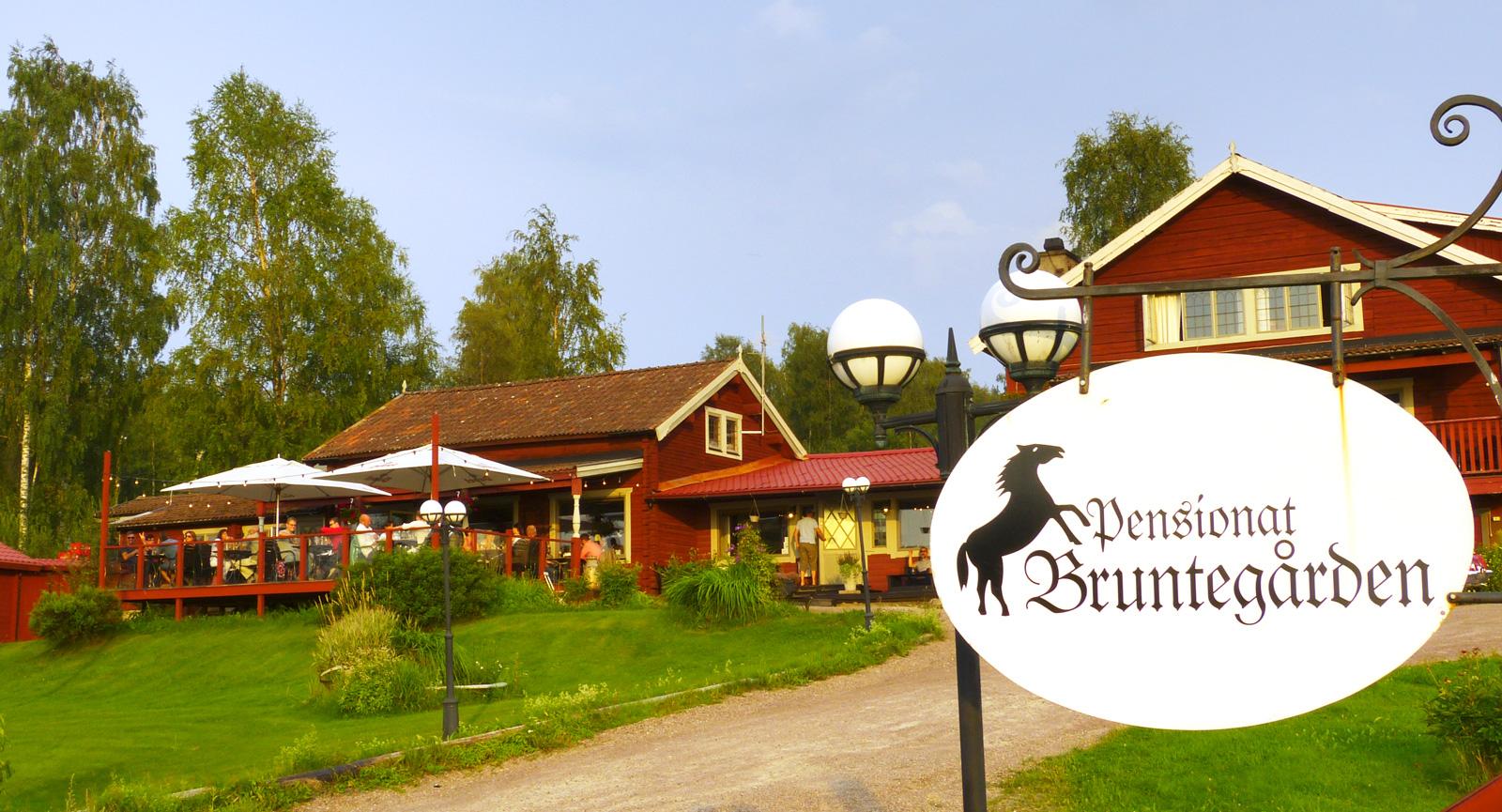 Bruntegården är en White Guide-belönad krog med kulinariska förtecken.