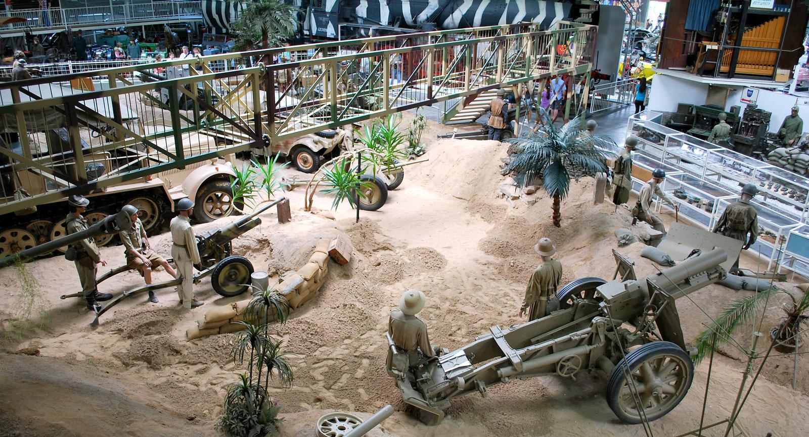 Krigszon i en av museets hallar.