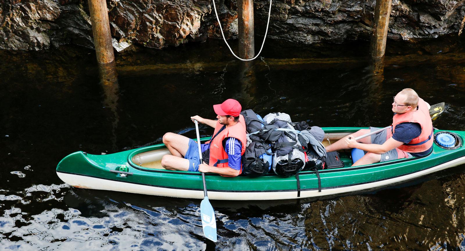Man kan även paddla genom Dalslands kanal.