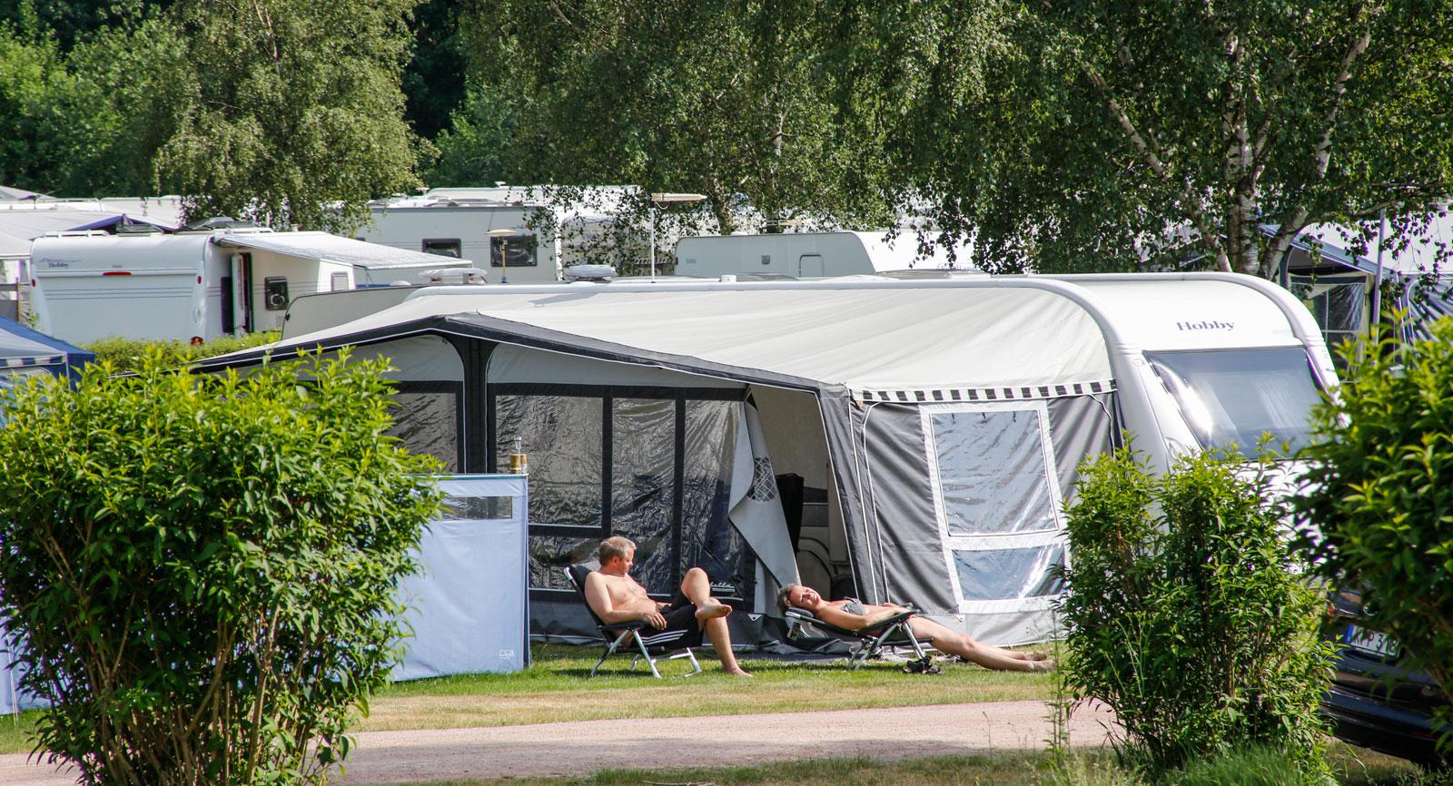 Närliggande Haverdals Camping är en bra bas för att upptäcka reservatet.