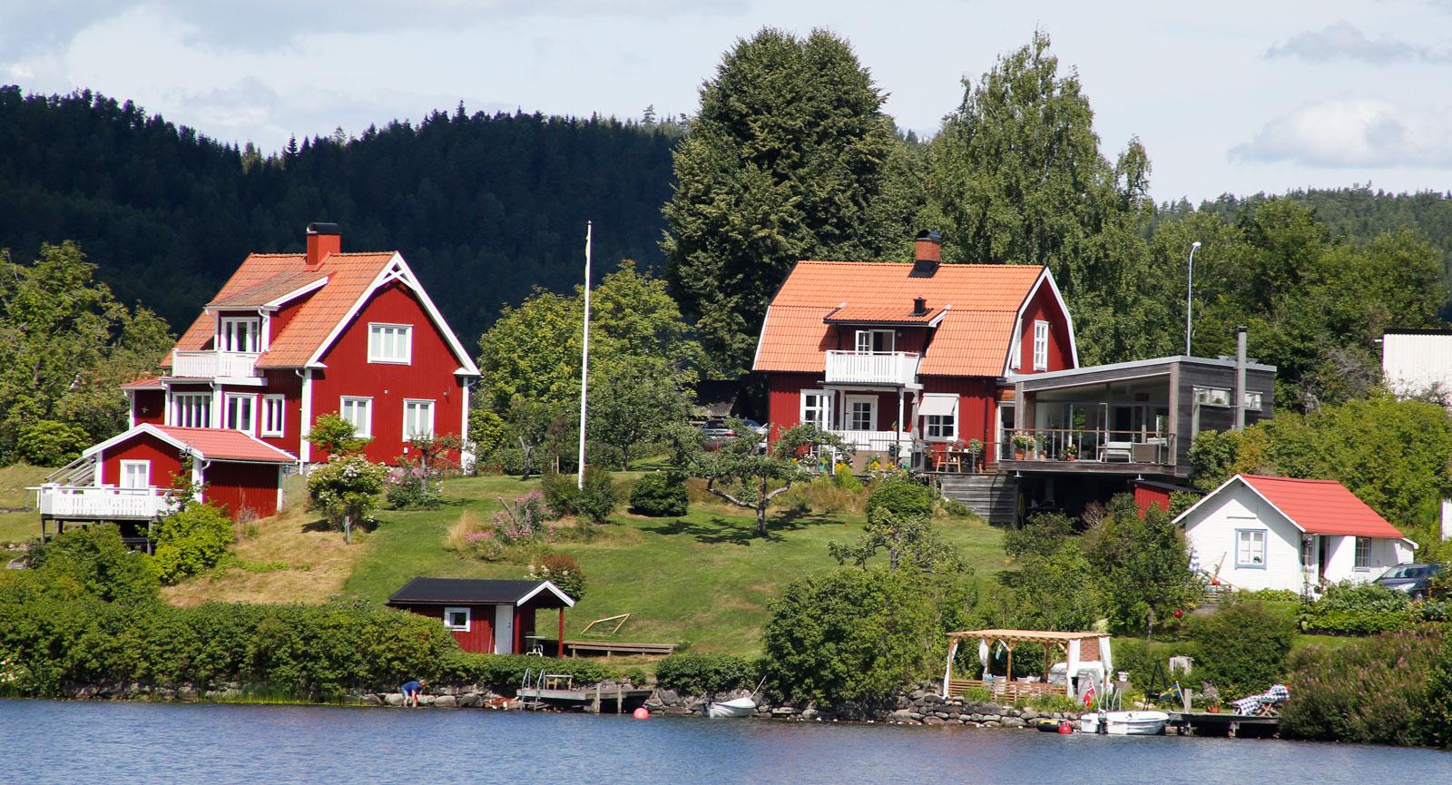 Sjönära lägen som inte kostar skjortan längs Dalslands kanal.