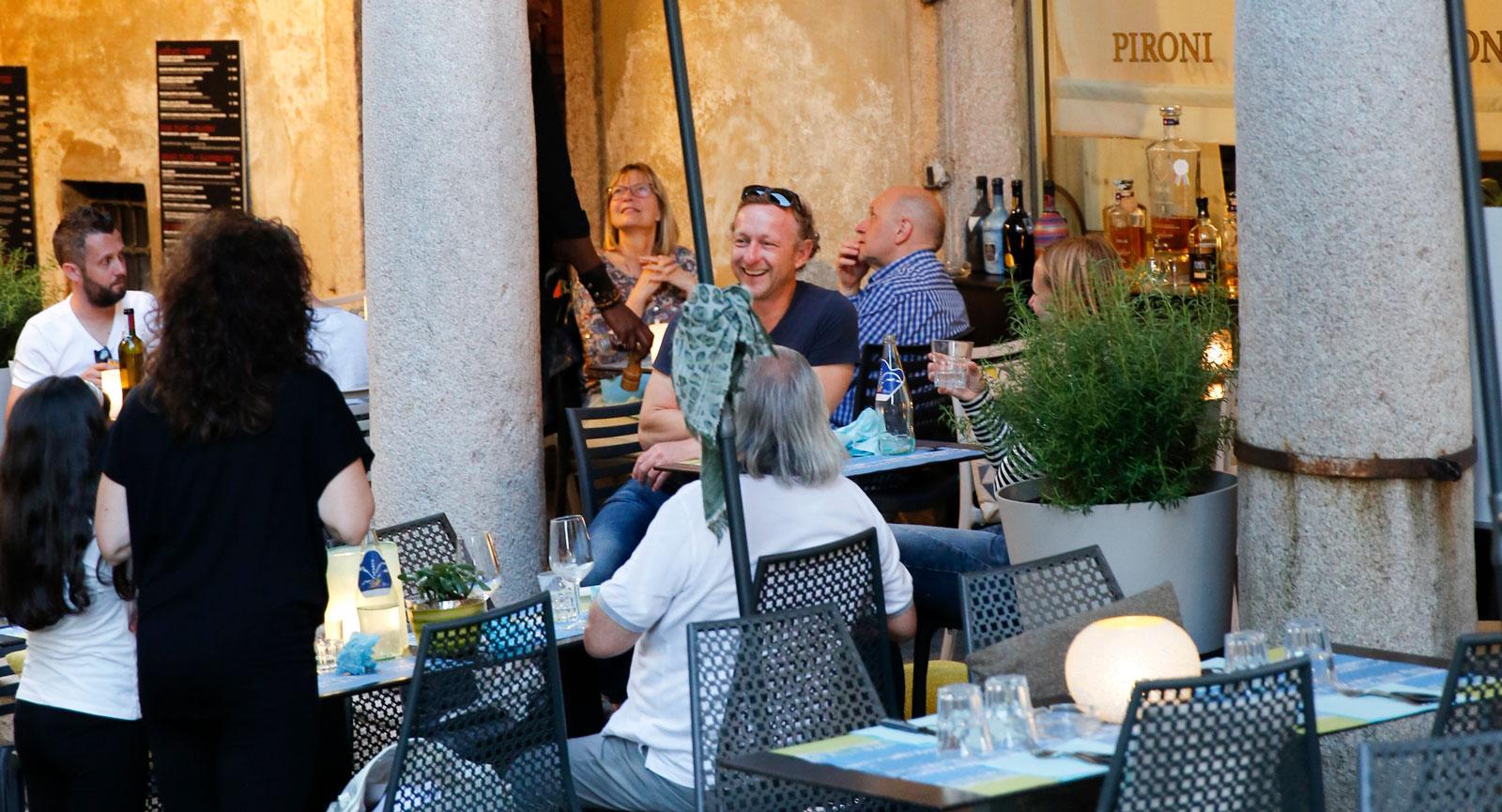 Restaurang Pironi ligger i ett gammalt fransiskanerkloster från 1400-talet. Både hotellet och restaurangen har genomgått omfattande renoveringar.