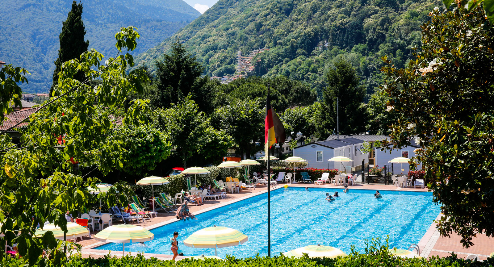 Poolen på Campingen Del Sole i Cannobio.