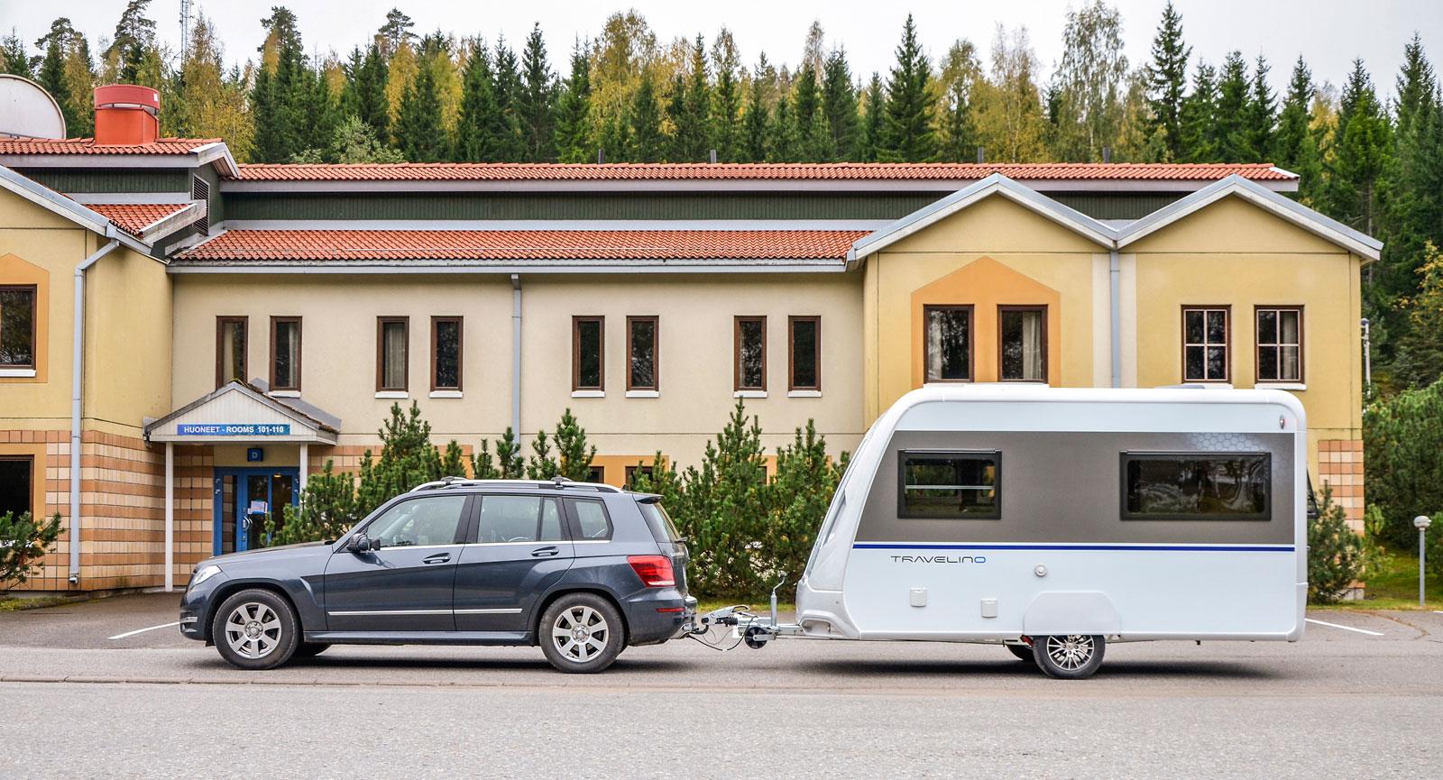 Travelino har en hög och upprät front. Detta ger ett stort luftmotstånd vilket i sin tur ökar bränsleförbrukningen.