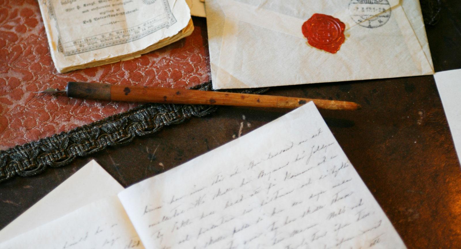 Alfred Nobel ägnade mycket av sin tid åt brevskrivande och långa tröttsamma resor mellan fabriker och köpare världen över.