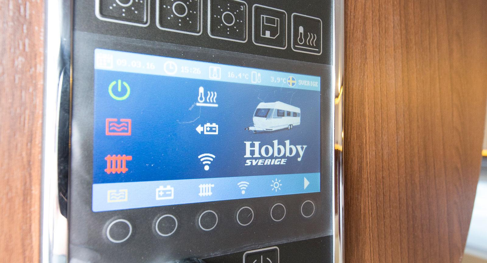 Hobbys egen manöverpanel som är uppkopplad mot appen.