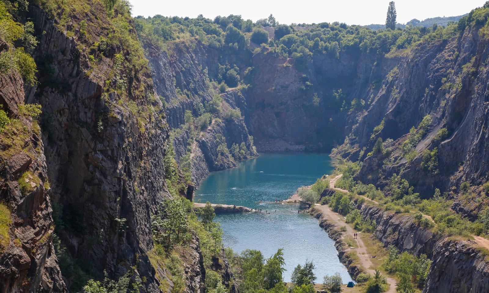 Tjeckiens eget Grand Canyon är egentligen en gruva. Velka Amerika.