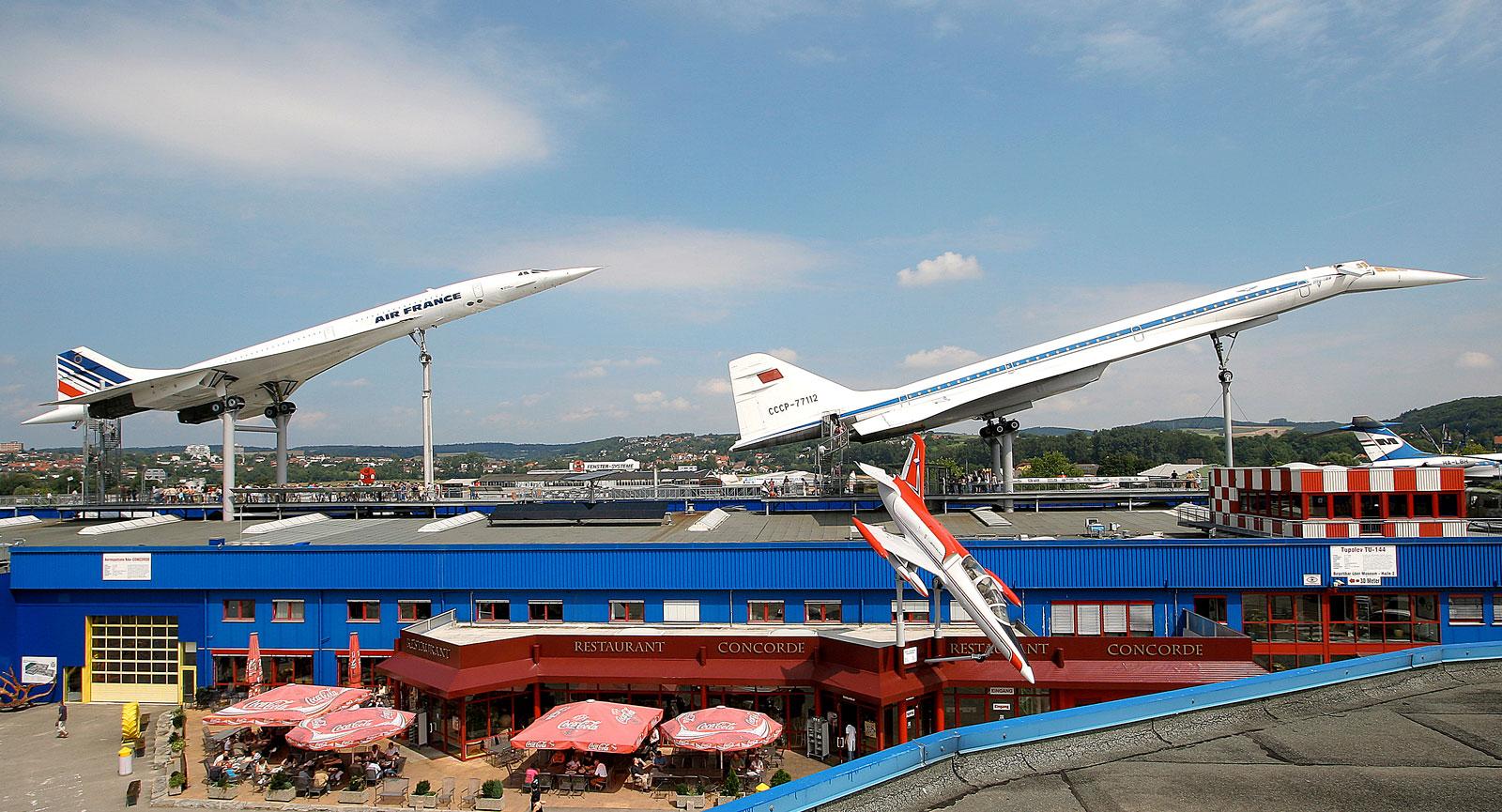 Legendariska Concorde och dennes ryska föregångare Tupolev TU-144.