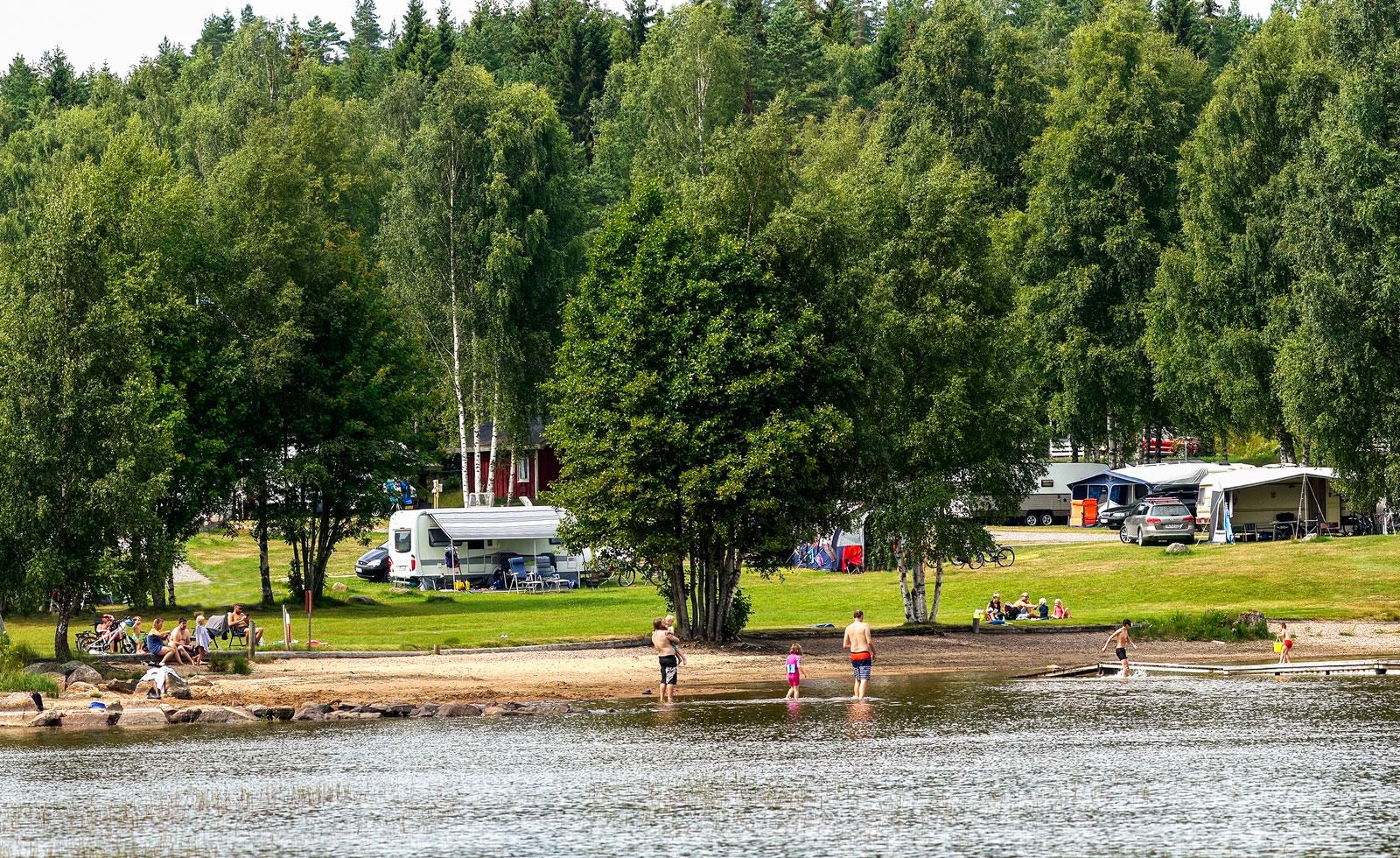 Restips: Camp Grinsby – värmländsk vildmarkspärla