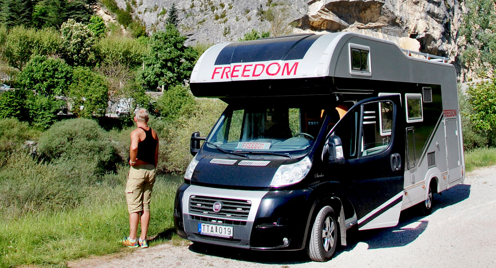 Körpaus i Castellana i Frankrike. Är man ute och reser i ett helt år behövs inget stressande längs vägarna. Unna dig vila!