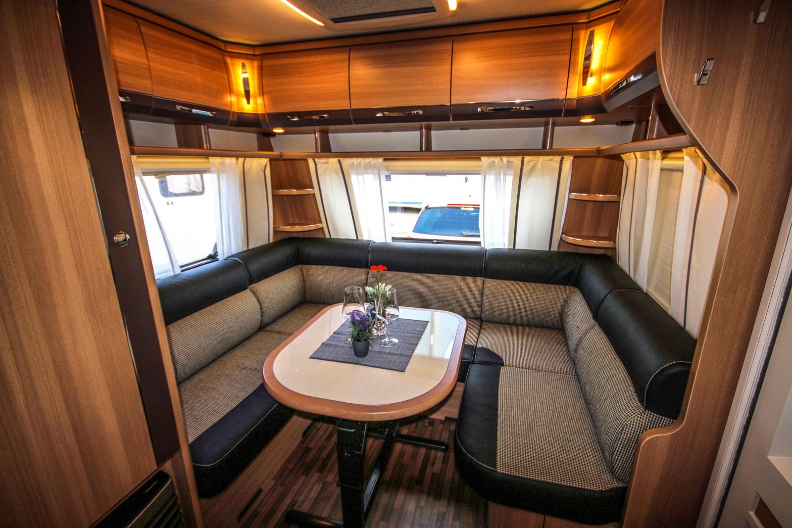 Loungeliknande avdelning med hög sittkomfort.