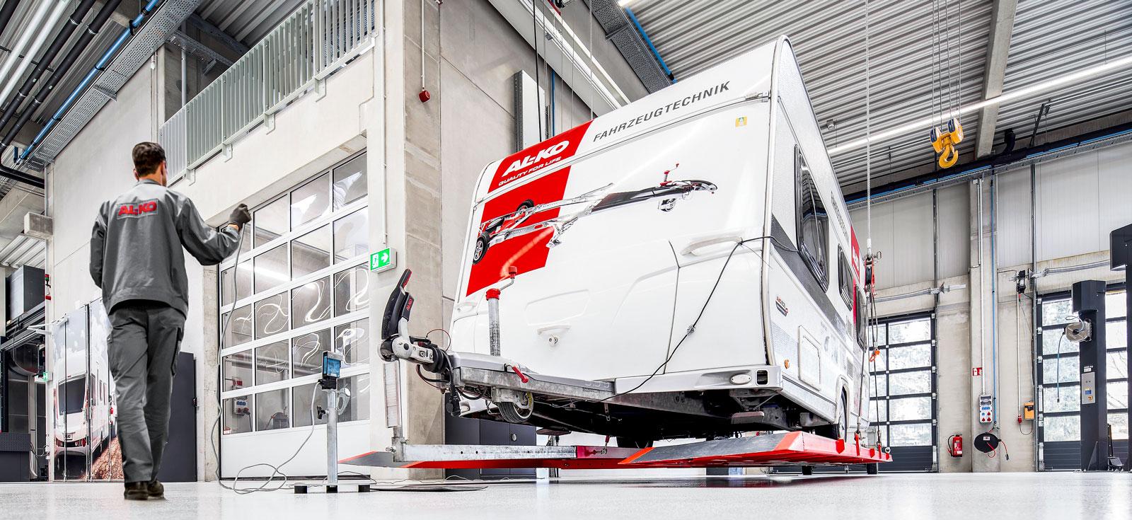 AL-KO har invigt ett nytt produktutvecklingscenter invid det tyska huvudkontoret.  Enligt tillverkaren ska produktionen av nyheter under de kommande åren öka rejält.