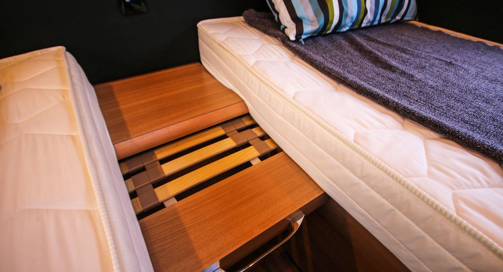 Utdragbar sängbreddare – enkelt och smidigt.