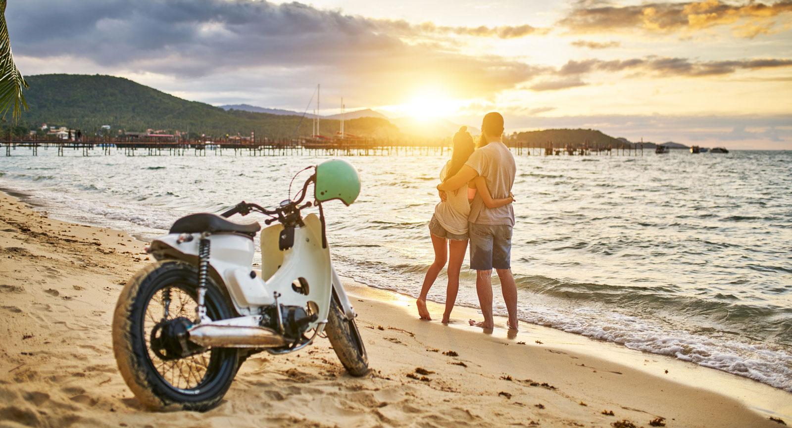 Har du tänkt åka till Thailand i vinter? Ett internationellt körkort är bra att ha om du får lust att hyra en scooter och utforska miljön bortom hotellet.