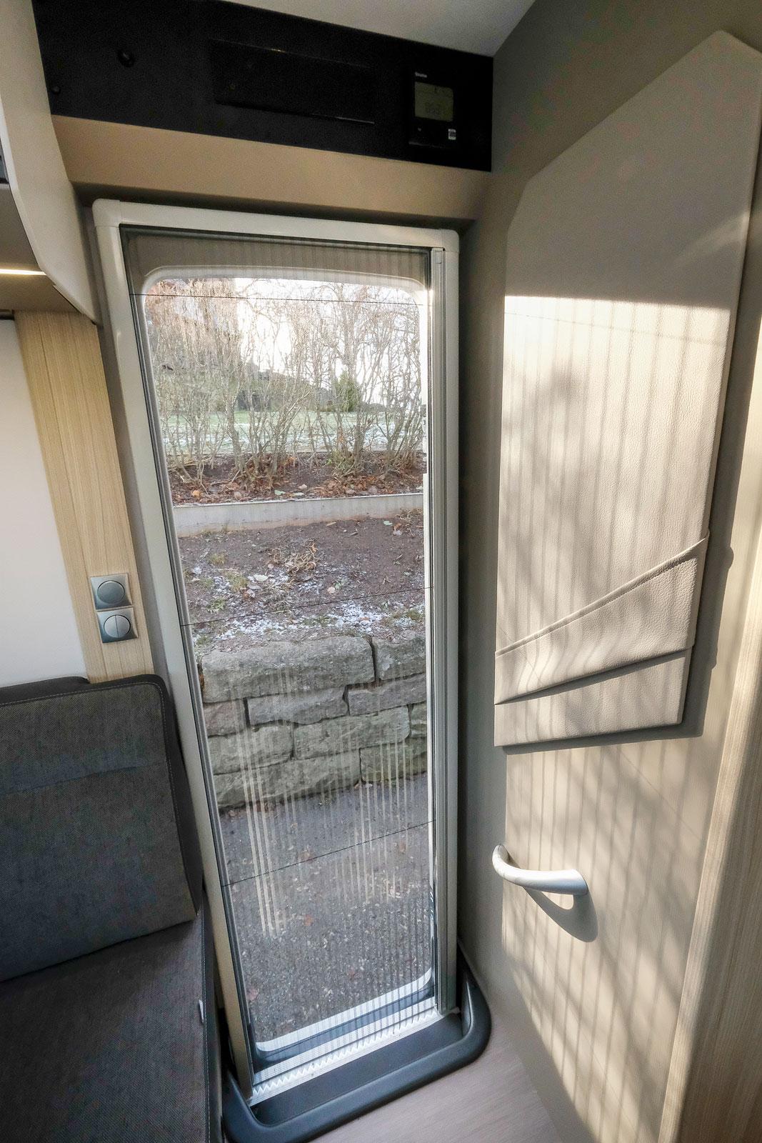 Entréväggen kunde utnyttjats bättre i fråga om förvaring, spegel och hängare.