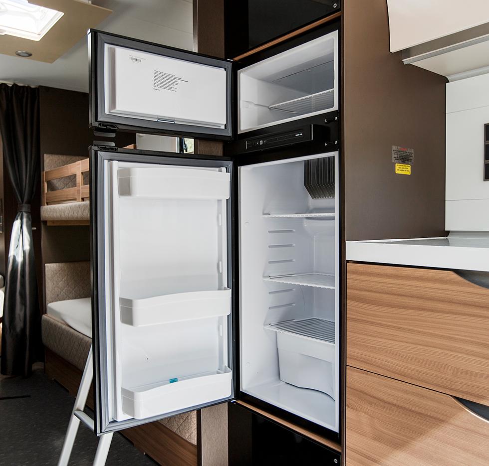 Kylskåpet är på 167 liter.