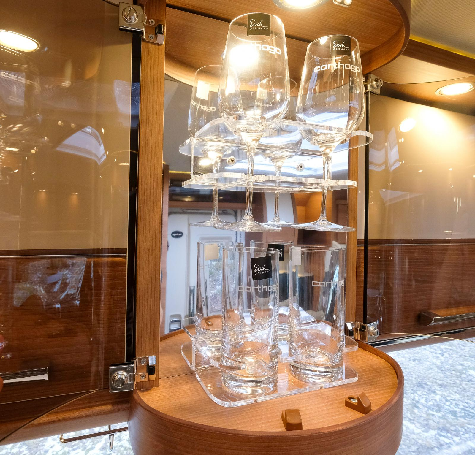Hörde jag skål? Fyra glas av just glas är kalas tycker många.