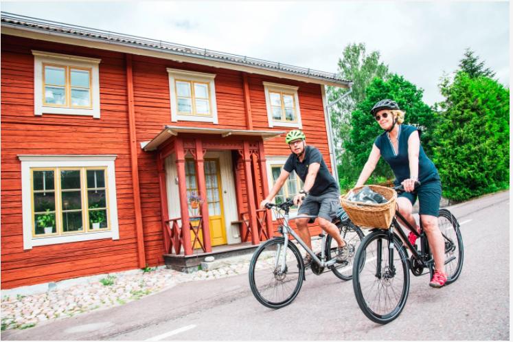 Det finns flera natursköna cykelturer i Dalarna, med såväl kulturella som välsmakande stopp längs vägen.