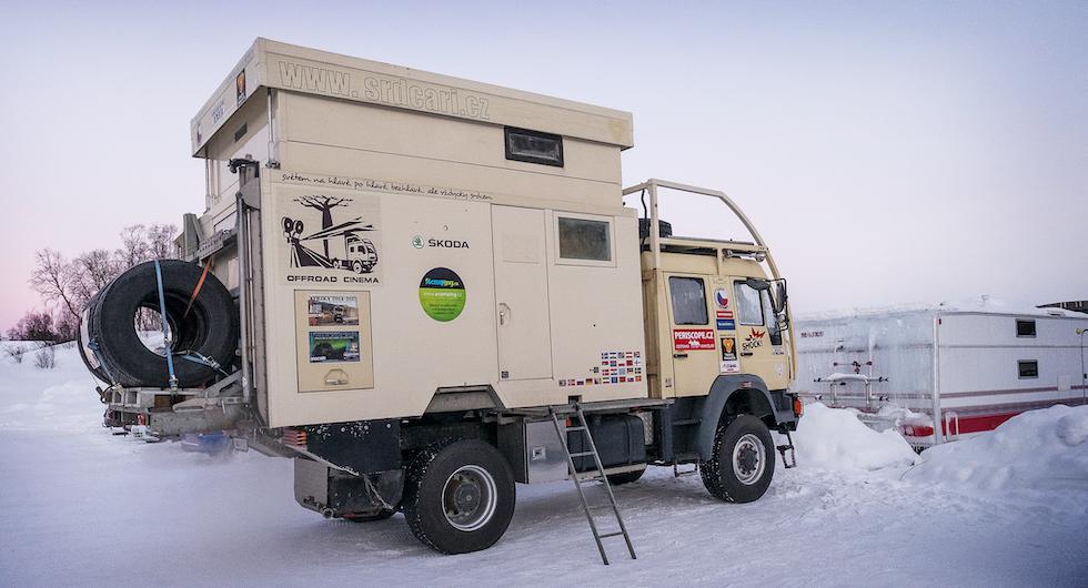 Det här ekipaget ser ut att vara väl rustat för en vinterexpedition. Kul att se ett sånt här bygge på väg och inte bara i mässhallar där de oftare syns.