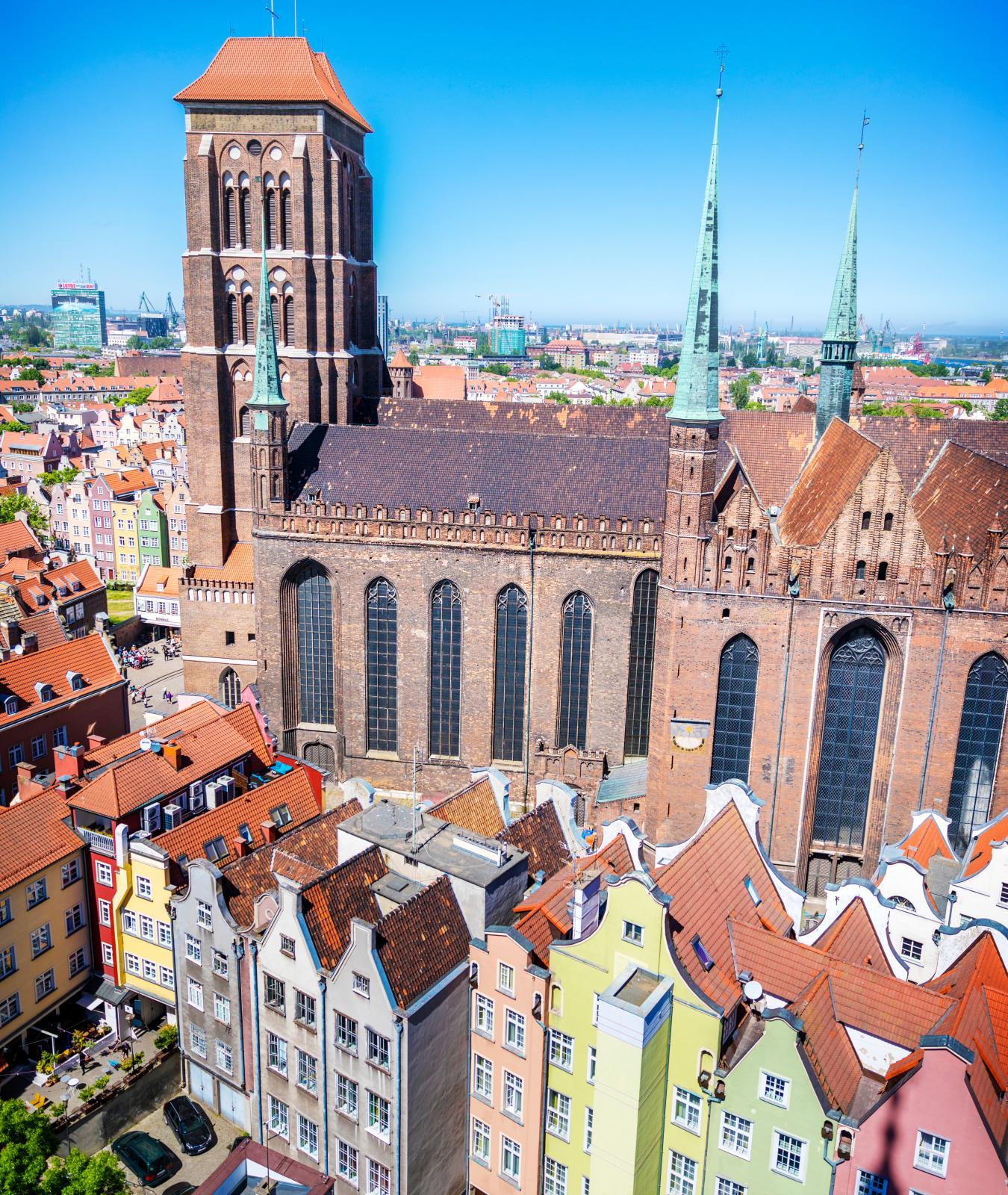 Bazylika Mariacka är världens största tegelkyrka och den ligger i centrala Gdańsk.