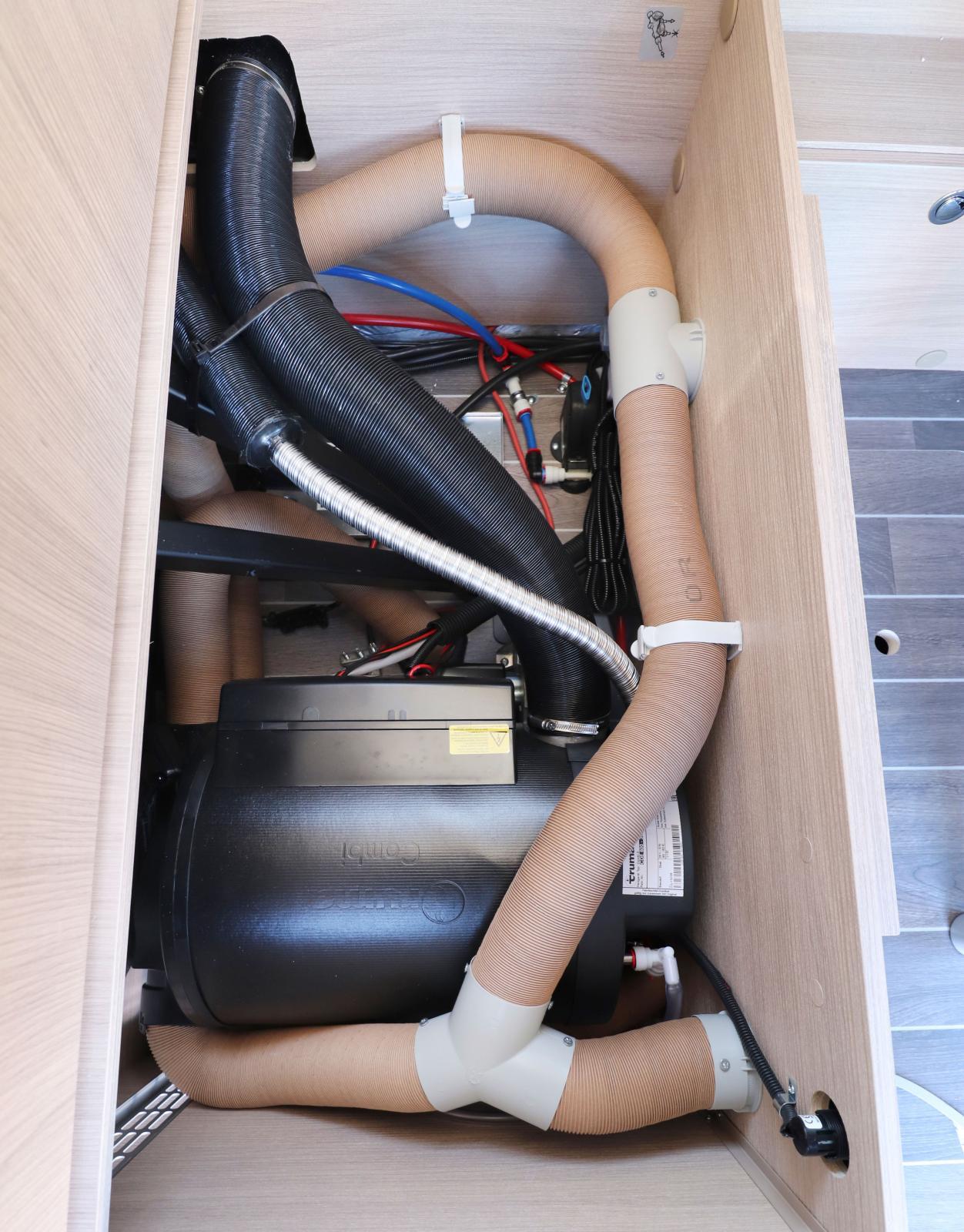 Dieselpanna med elpatron. Fricamparens dröm, nästan obegränsat med bränsle!