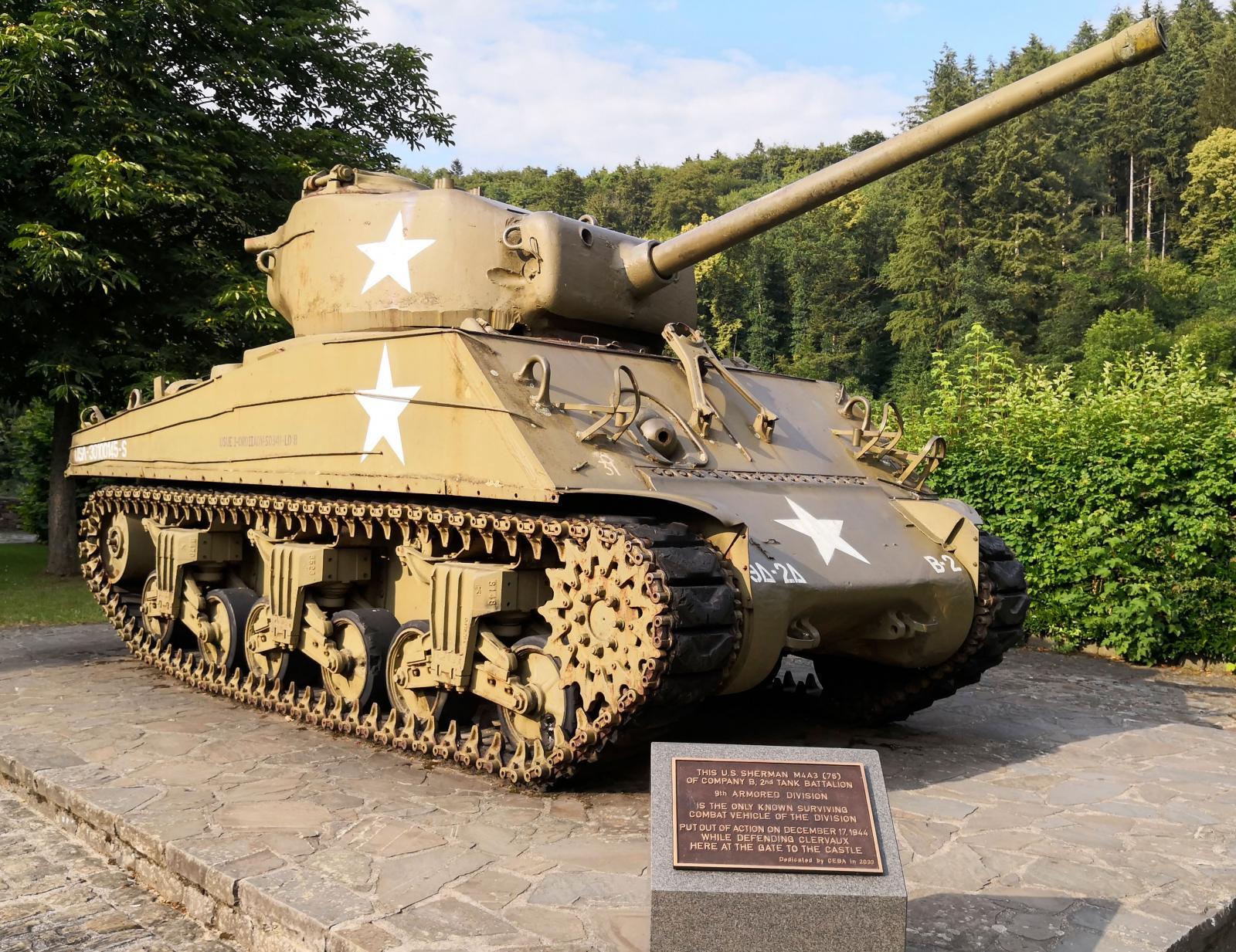 Denna stridsvagn togs ur bruk 17 december 1944 när hon försvarade Clervaux vid slottets port.