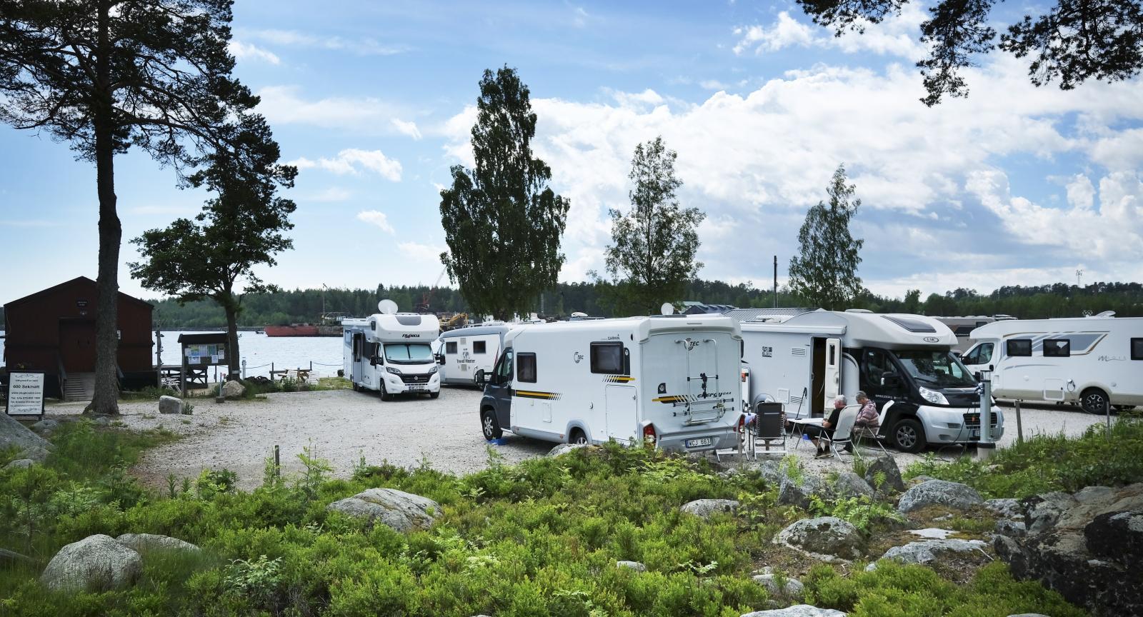 Ställplats i Stocka gästhamn utefter Norrlandskusten.