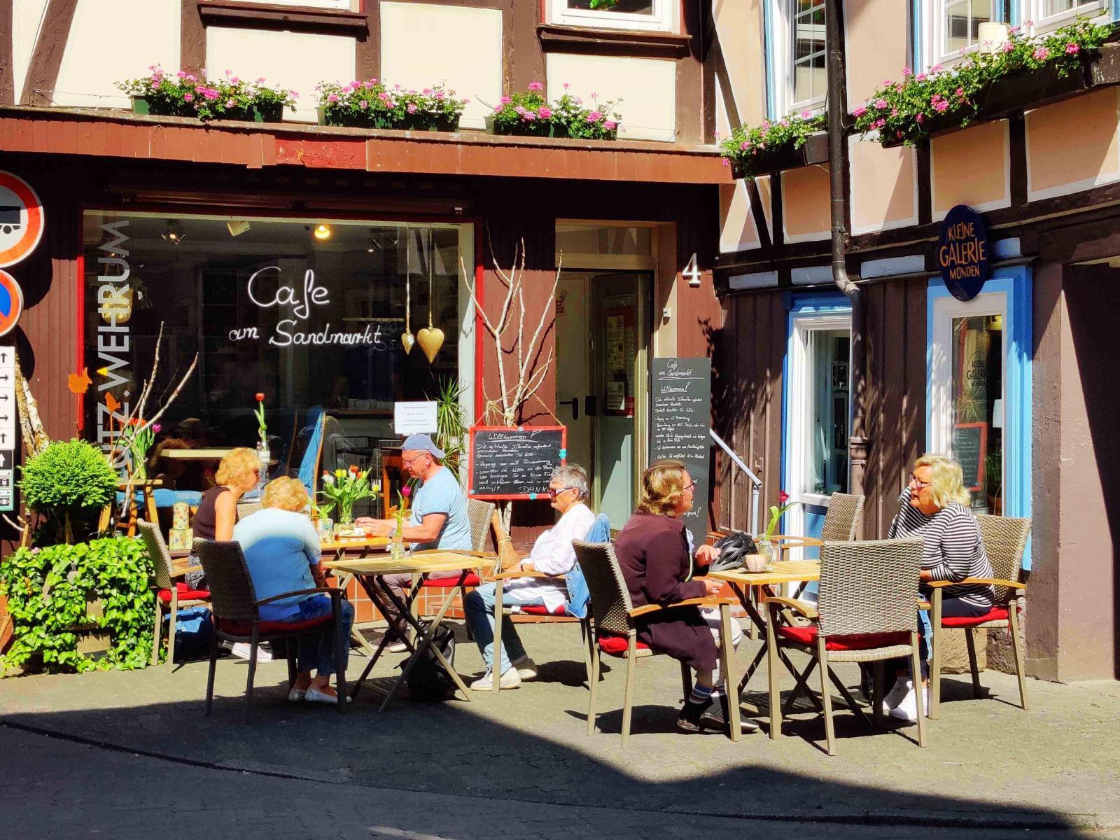 Wow, caféerna i Tyskland har öppnat!
