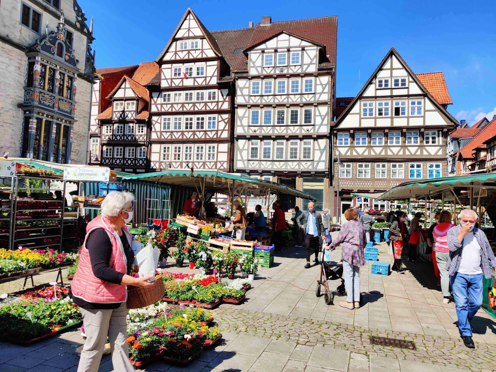 Full kommers på torget i Hannoversch Münden