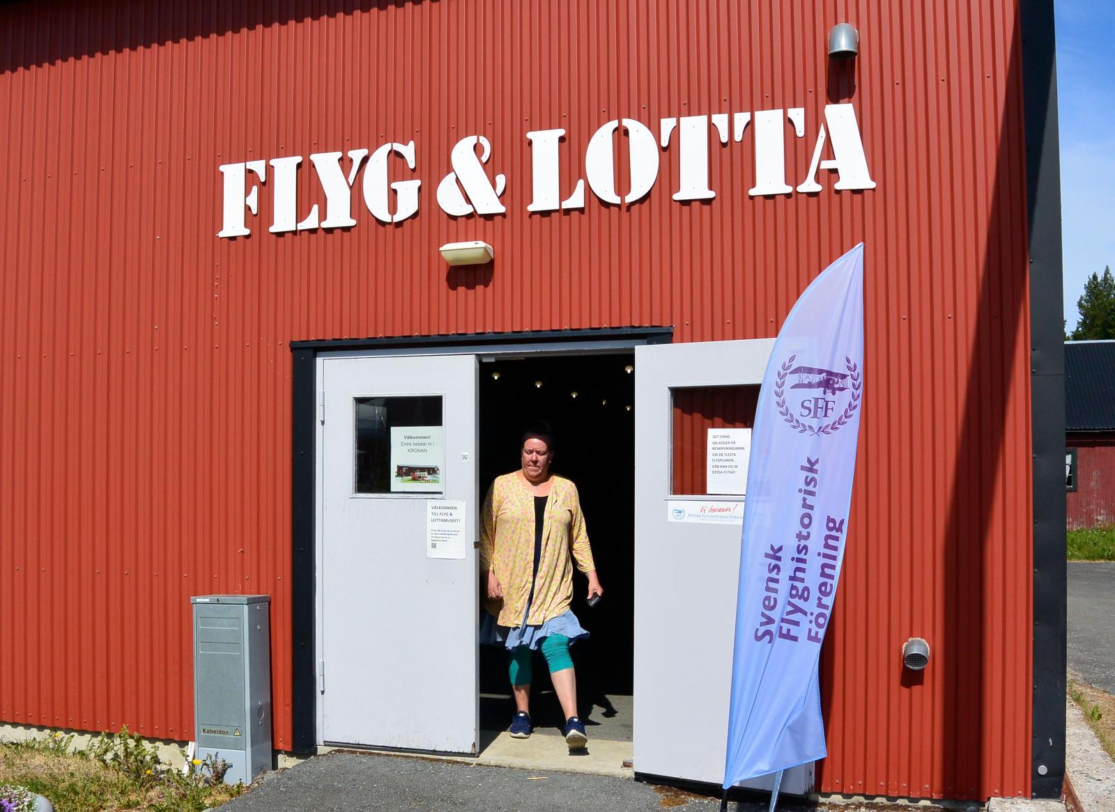 Innanför dessa dörrar döljer sig bland annat Sveriges Viggenmuseum.
