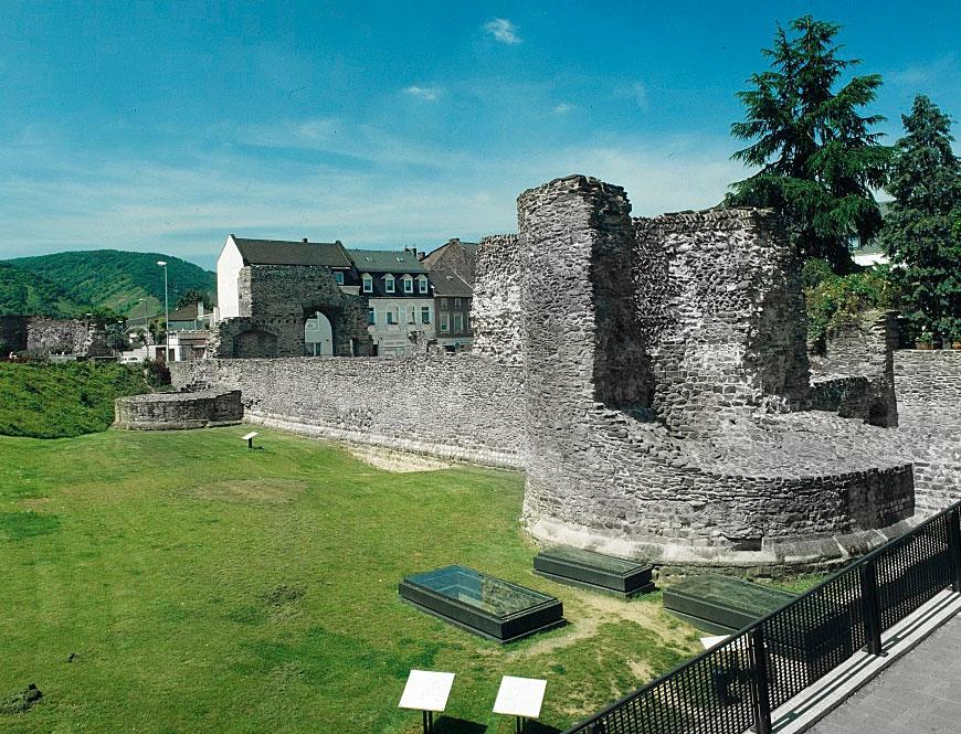 Römer-Kastell i Boppard döptes till Bodobrica av romarna och det blev senare en stad som fick namnet Boppard. Ruinerna är öppna och går att besöka gratis dygnet runt.